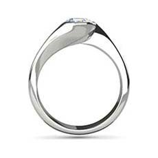 Clio diamond ring